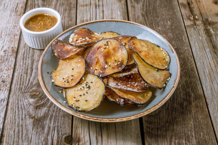 Chips di melanzane, antipasto delizioso