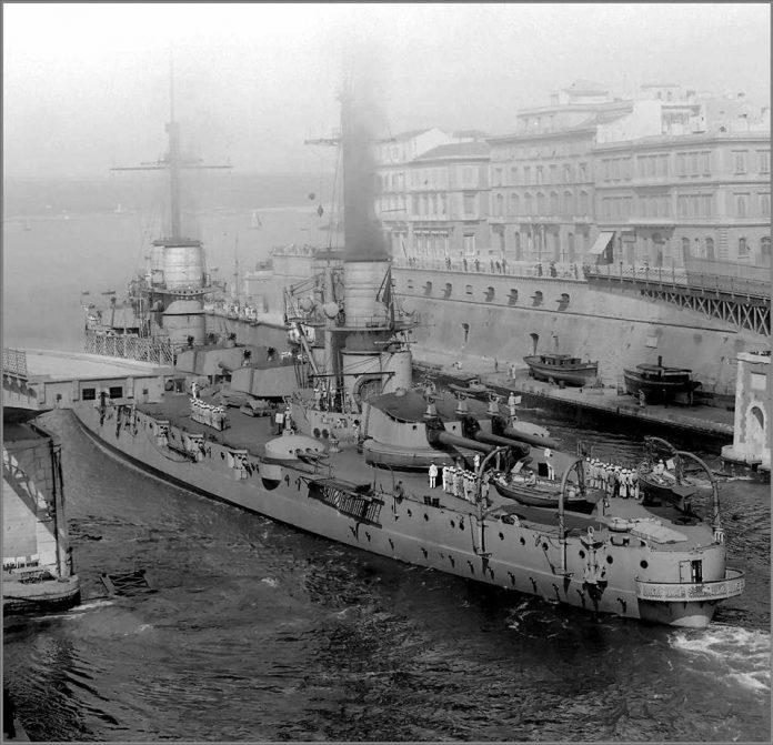 Taranto-molo-porto