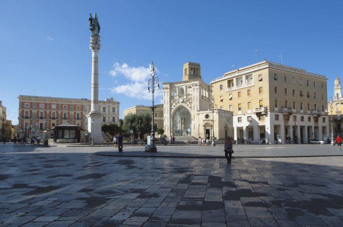 Piazza Sant'Oronzo, Lecce.