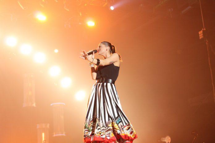 Alessandra Amoroso a Bari in concerto con tre date