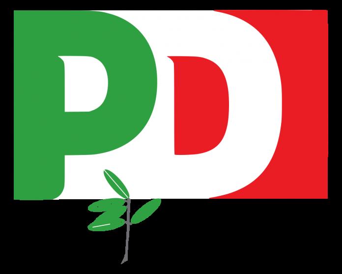 Nicola Zingaretti è il segretario del PD: grande affluenza anche a Bari